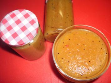 Orangen-Kiwi-Marmelade mit Ananas - Rezept