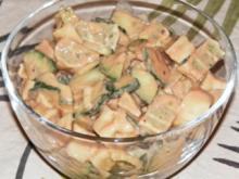 Maultaschen-Gurken-Salat mit Joghurt-Tomaten-Dressing - Rezept