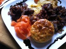 gebackenes Kartoffel- Karotten Püree.. mit Zwiebel .. und Karotten Streifen.. - Rezept