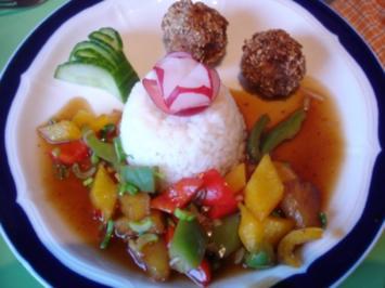 Fleischbällchen mit gemahlenen Mandeln und Gemüse süß-sauer - Rezept