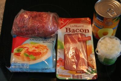 Rezept: Frikadellen mit Bacon, Ananas & Käse
