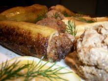 Schmorgurken gefüllt, Stampfkartoffeln, Dill Buttersoße und Wachsbohnensalat mit Tomate... - Rezept