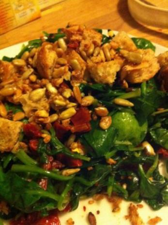 Gegrillter Butternut Kürbis mit Spinatsalat und gerösteten Sonnenblumenkernen - Rezept - Bild Nr. 3