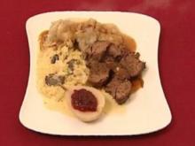 Geschmorte Rehkeule auf gestovtem Trüffel-Spitzkohl, Grüne Kartoffelklöße (Franziska Menke) - Rezept