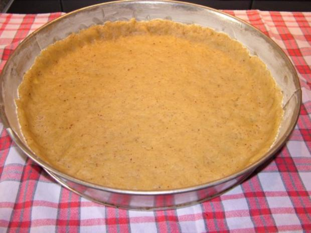 Schwäbischer Apfelkuchen mit Butter-Nuss Streussel - Rezept - Bild Nr. 3