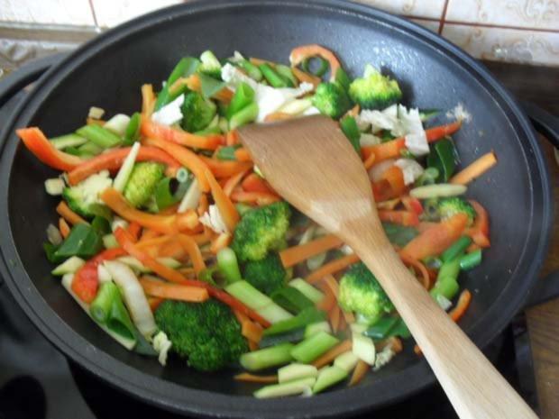 Rindfleisch scharf - aus dem Wok mit Gemüse - Rezept - Bild Nr. 6