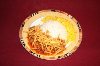 Rezept: Khoreshte Gheyme mit Reis und Pommes