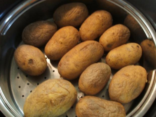 Knödel: Fränkische Kartoffelklöße nach Bauer Link aus Winkelhaid - Rezept - Bild Nr. 2