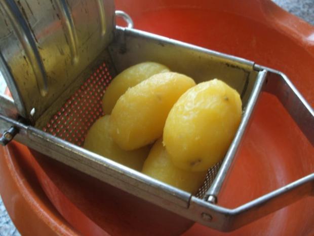 Knödel: Fränkische Kartoffelklöße nach Bauer Link aus Winkelhaid - Rezept - Bild Nr. 3