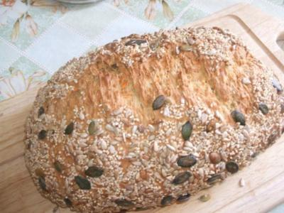 Dinkel --  Joghurt -- Brot - Rezept