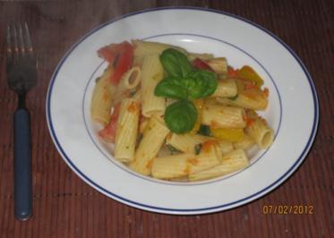 Olli´s vegetarische Nudelpfanne - Rezept
