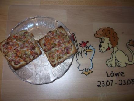 Pizzabrödle Dieter´s Art - Rezept