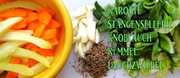 Wurst-Pfanne mit Gemüse auf Senf-Saucen-Spiegel - Rezept - Bild Nr. 4