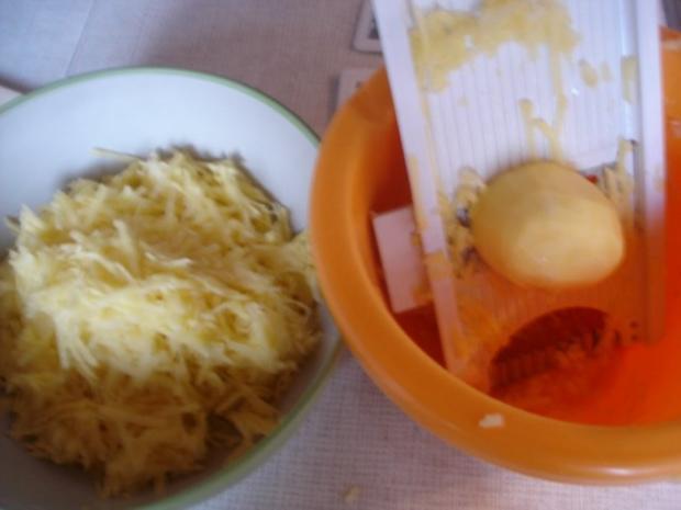 Selbstgemachter Kartoffelpuffer und selbstgemachtes Apfelmus - Rezept - Bild Nr. 14