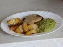 Fleisch, Rind: Rinderschnitzel mit Rahmcreme an Erbesenpüree - Rezept