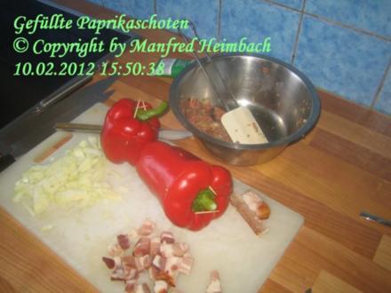 Hackfleisch - Manfred's herzhaft gefüllte Paprikaschoten - Rezept