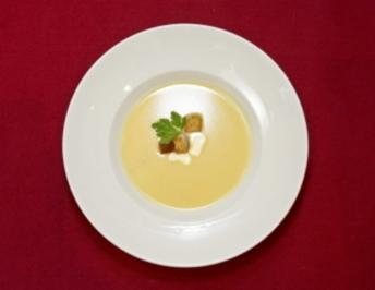 Rheinische Kartoffelsuppe mit Croutons (Gabriele Metzger) - Rezept