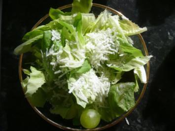 Salat mit Trauben - Rezept