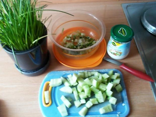 Kartoffel-Gurkensalat mit Schnittlauch - Rezept - Bild Nr. 3