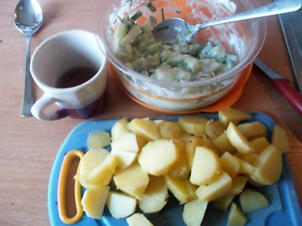 Kartoffel-Gurkensalat mit Schnittlauch - Rezept - Bild Nr. 4