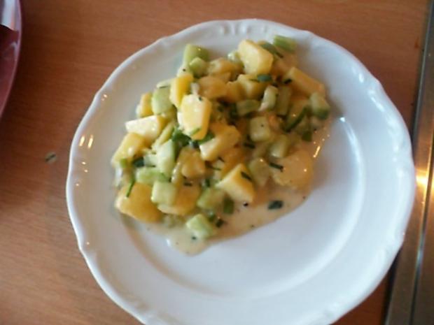 Kartoffel-Gurkensalat mit Schnittlauch - Rezept - Bild Nr. 7
