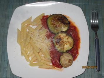 vegetarisch:Penne mit Tomaten-Auberginen-Sugo - Rezept