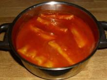 Asia-Maultaschen in Tomatensoße - Rezept