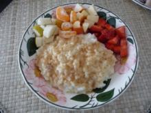 Süße Mahlzeiten : Milchreis mit frischem Obst - Rezept