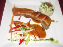 Mallorquinisches, konfitiertes Spanferkel mit Püree und Julienne-Gemüse - Rezept