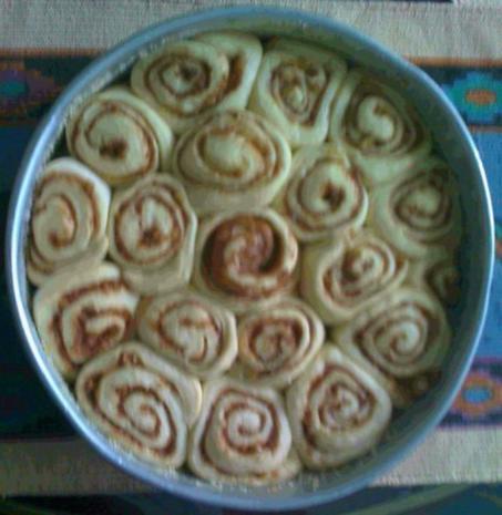 Cinnamon Rolls mit Cream Cheese Icing  -  Zimtrolle mit Guß - Rezept - Bild Nr. 3