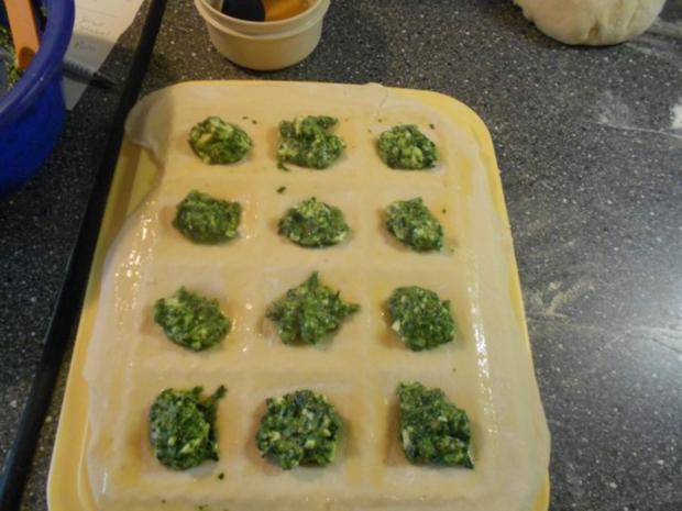 Kleine Hefetaschen mit Spinat und Feta à la Mini-Börek - Rezept - Bild Nr. 24