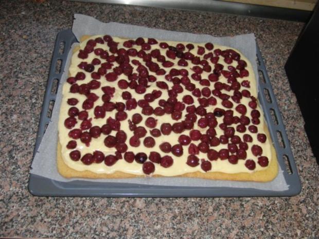 Kirsch-Schmand-Blech-Kuchen - Rezept - Bild Nr. 6