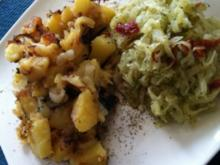 Spitzkohl-Salat mit Bratkartoffeln - Rezept