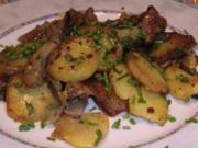 Bratkartoffeln mit Steakstreifen und Pfifferlingen - Rezept