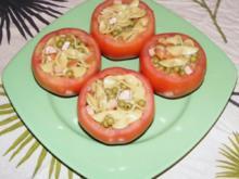 Nudel-Erbsen-Wiener-Salat aus der Fleischtomate - Rezept