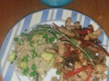 Putengyros mit Gemüsereis und Ztaziki - Rezept