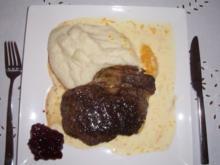 Rindersteak mit Blumenkohl_Selleriepüree und Käseorangensauce - Rezept