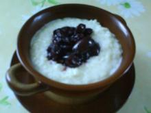Vanillemilchreis mit Honig-Kirschen - Rezept