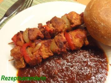 Snack`s:   SCHASCHLIK-SPIEß an Tomatensugo - Rezept