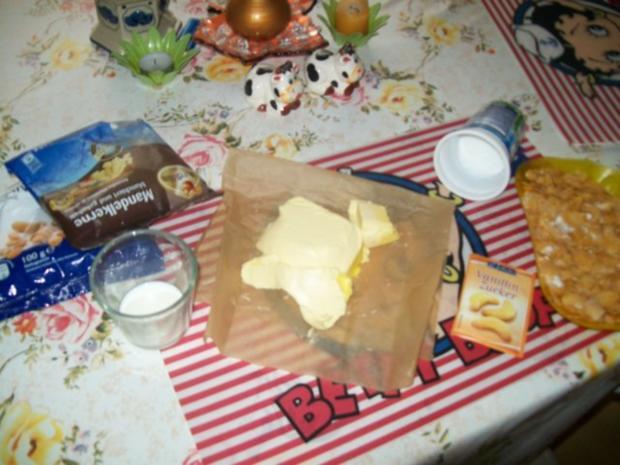 Knuspriger Mandel- Cornflakes- Butterkuchen - Rezept - Bild Nr. 6
