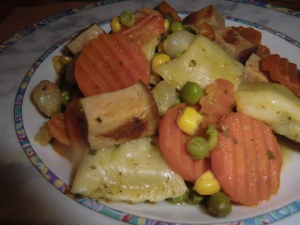 Fleischkäse-Gemüsepfanne mit Maultaschen - Rezept - Bild Nr. 4