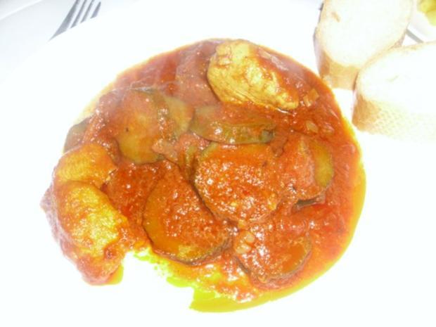 Curryhähnchen mit Baguette und Chicorée-Mango-Salat - Rezept - Bild Nr. 2