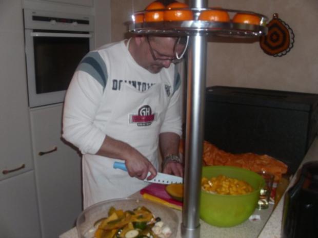 Curryhähnchen mit Baguette und Chicorée-Mango-Salat - Rezept - Bild Nr. 5