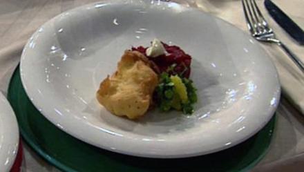 Hamburger Backfisch mit Rote Bete (Jasmin Wagner) - Rezept