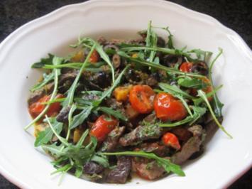 Steakpfanne mit Oliven und Rucola - Rezept