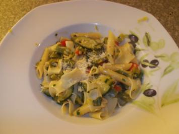 Pasta-Gemüsepfanne - Rezept