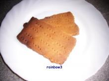 Backen: Dinkel-Knäckebrot - Rezept