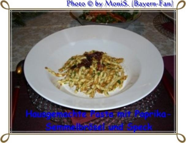 Pasta mit Paprika - Semmelbrösel und Speckwürfel - Rezept - Bild Nr. 2