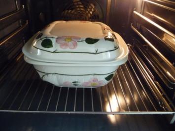 Aus dem Backofen : Tortellini - Gemüse- Zwiebelsuppe mit Käse überbacken - Rezept