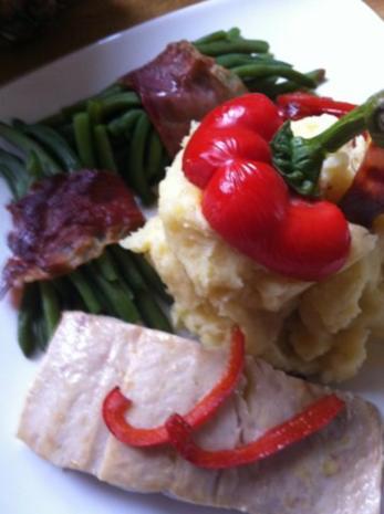 Wildlachs-Filet mit Speckbohnen und Paprikastreifen mit Stampfkartoffeln - Rezept - Bild Nr. 2